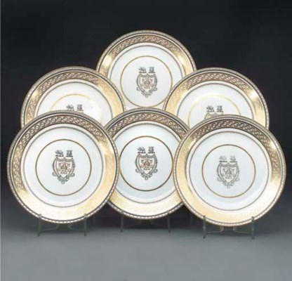Ten armorial English porcelain