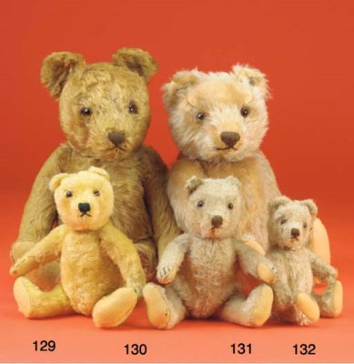 A Steiff 1950s teddy bear