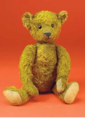An unusual American teddy bear