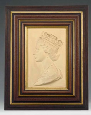 A Royal Worcester commemorativ