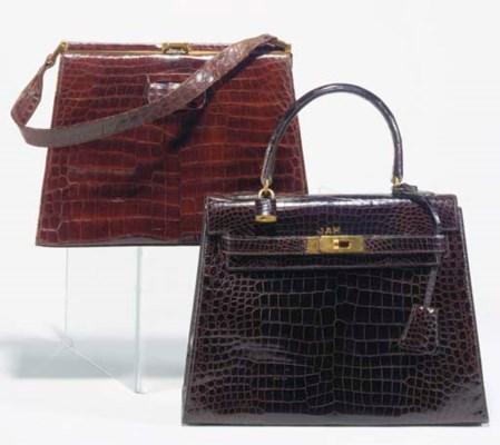 A Kelly style handbag of brown