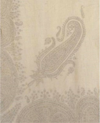 A square shawl of fine ivory w