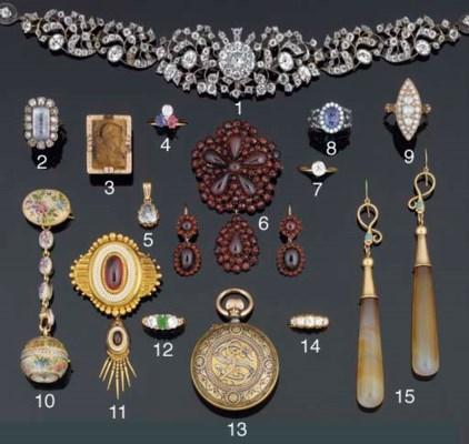 A Victorian gold, garnet and e
