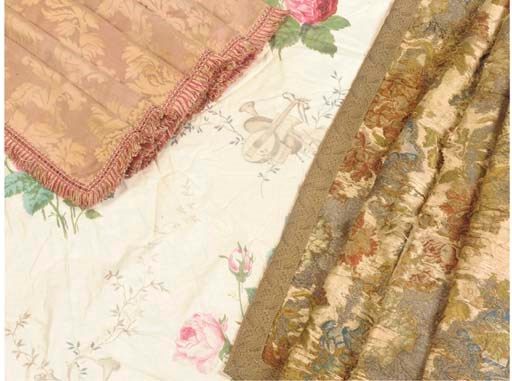 A PAIR OF CHINTZ CURTAINS