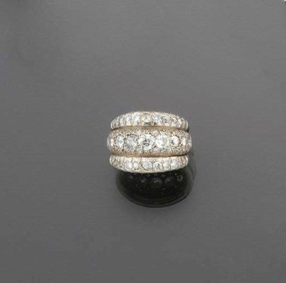 A diamond cocktail ring