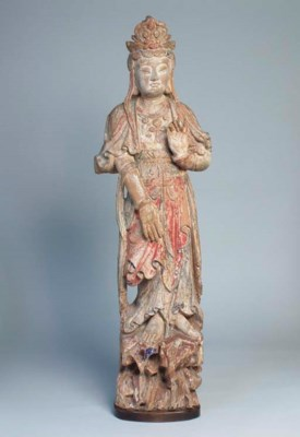 A CHINESE CARVED AND POLYCHROM
