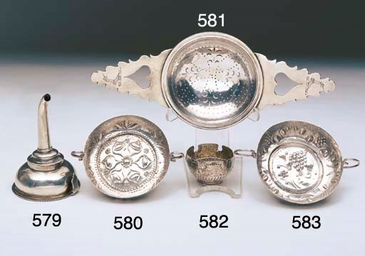 A CHARLES II STERLING SILVER W
