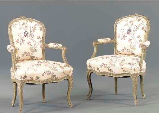 A PAIR OF LOUIS XV GREEN-PAINT