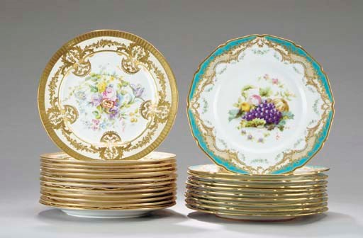 A SET OF TEN ROYAL DOULTON SER