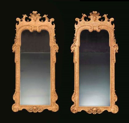 A PAIR OF GEORGE I STYLE GILT-