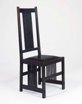 AN OAK SPINDLE SIDE CHAIR