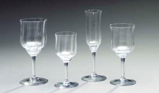 A COLORLESS GLASS PART STEMWAR