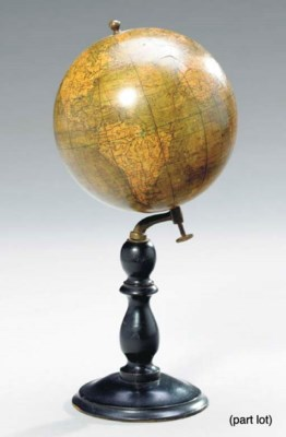 A FRENCH TERRESTRIAL TABLE GLO
