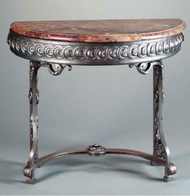 AN ART DECO STYLE MARBLE TOPPE