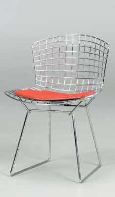 A CHROMED STEEL SIDE CHAIR WIT