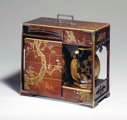 An Interlocking Lacquer and Wo