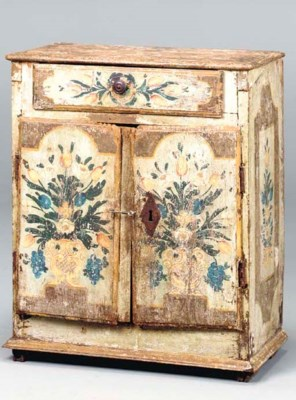 A CONTINENTAL PAINTED CHEST CU