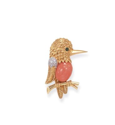 **A CORAL AND GOLD BROOCH, BY
