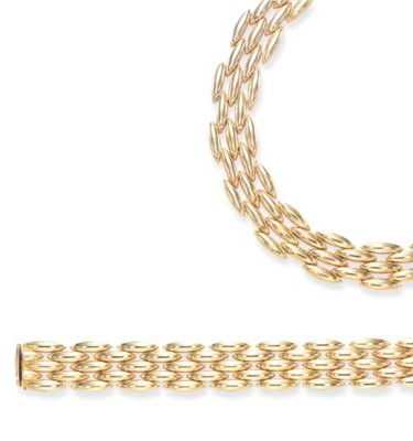 A SUITE OF GOLD JEWELRY, BY CA