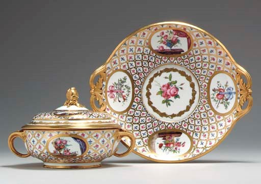 A SEVRES (HARD PASTE) TWO-HAND