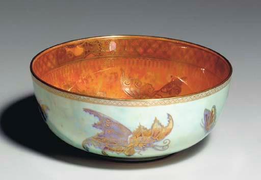 A WEDGWOOD 'BUTTERFLY' MOTHER-