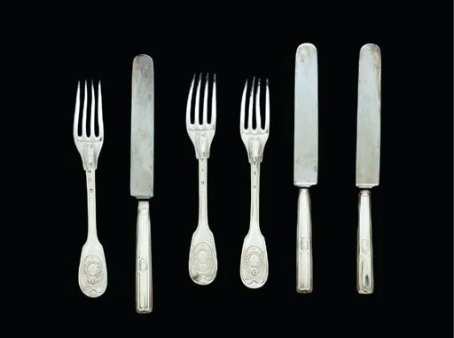 A SET OF TWELVE FRENCH SILVER-