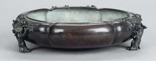 A JAPANESE BRONZE CIRCULAR JAR