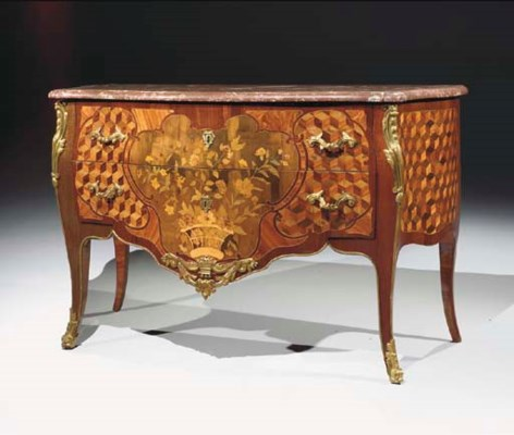 COMMODE D'EPOQUE TRANSITION