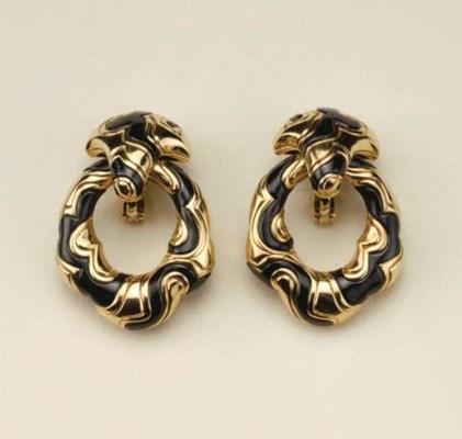 Paio di orecchini in oro giall