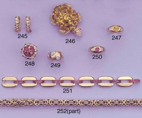 A CITRINE AND DIAMOND TURTLE B
