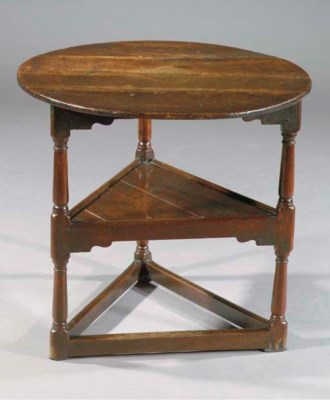 AN ENGLISH OAK CRICKET TABLE