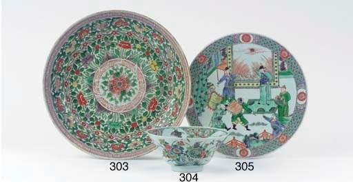 A famille verte ogee bowl