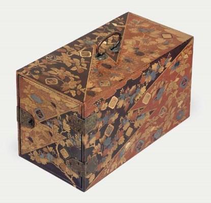 A kodansu [table cabinet]