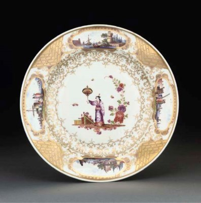 A Meissen chinoiserie plate