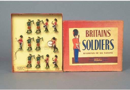 A Britains Set 2096 Pipes & Dr