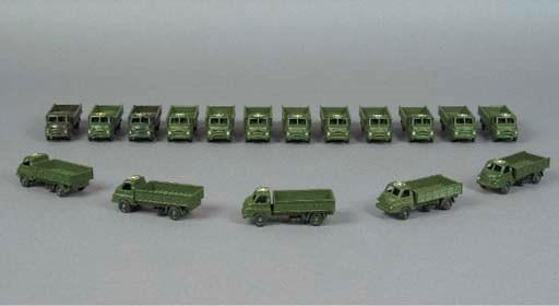 Britains Lilliput LV620 Army B