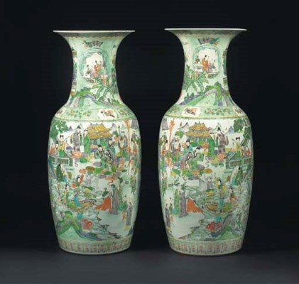 A large pair of famille verte