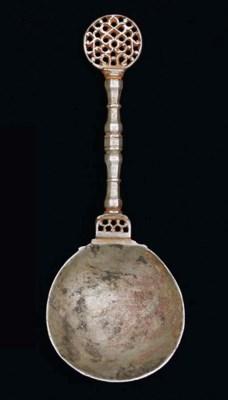 A SAFAVID METAL SPOON, IRAN, 1