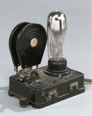 A one-valve RO 433 Loewe recei