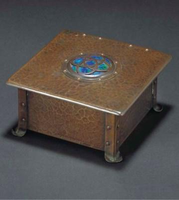 CAMBRAY WARE; BOX