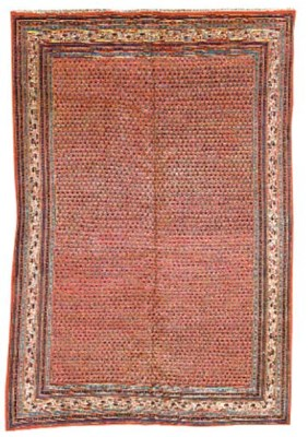 A fine Serabend small carpet