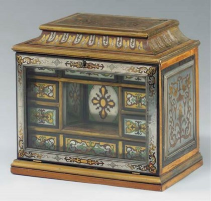 A FRENCH BOULLE TABLE CABINET