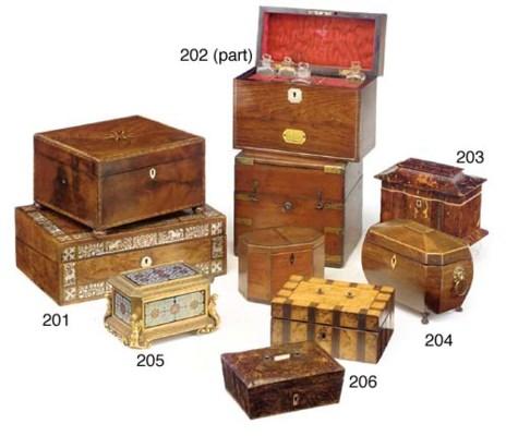 A GEORGE III MAHOGANY CASKET