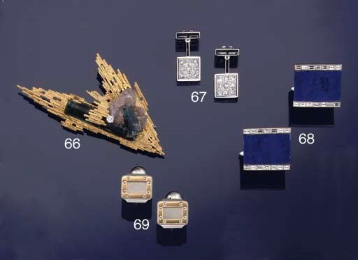 A group of cufflinks and two b