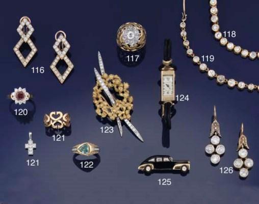 An 18ct. gold, diamond clip br