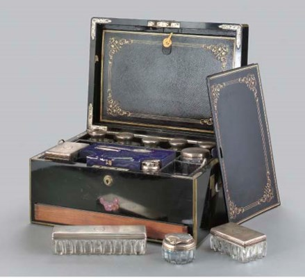A VICTORIAN SILVER-MOUNTED DRE