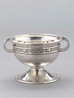 AN EDWARDIAN IRISH SILVER TWO-