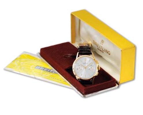 Breitling. An 18K gold chronog