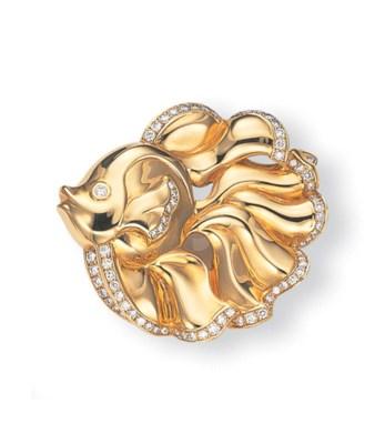 AN 18K GOLD AND DIAMOND FISH C