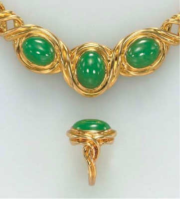 A SUITE OF JADEITE AND 18K GOL